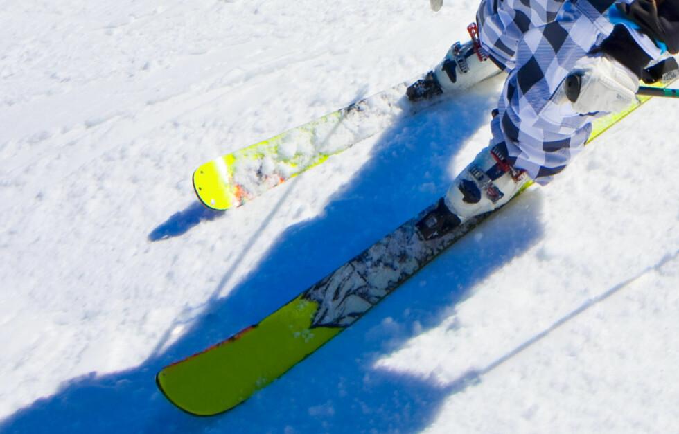 <strong>PREPP:</strong> Alpintski (og snowboard) bør preppes og slipes (kantene) hvertfall én gang i året. Bruker du dem mye kan det lønne seg å gjøre det oftere.  Foto: Getty Images/iStockphoto