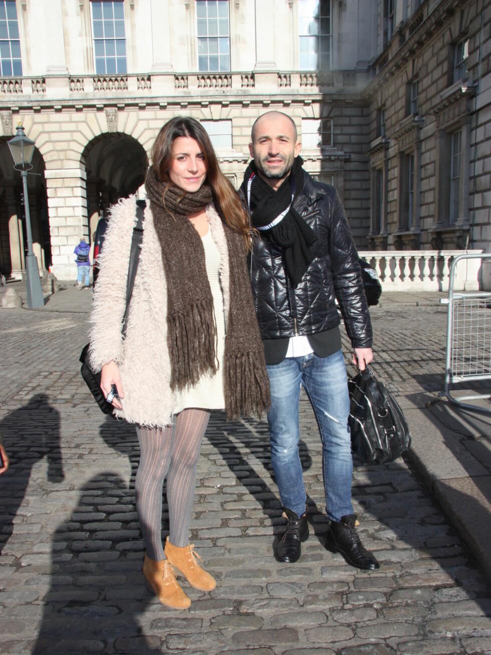Francesca Golini (28)Har på seg: Kjole fra Topshop, jakke fra Zara, skjerf  arvet av bestemor, og sko fra Madrid. Sesongens must have:- Mismatching synes jeg er kult – altså, masse forskjellige mønster.  Foto: Tone Ra Pedersen