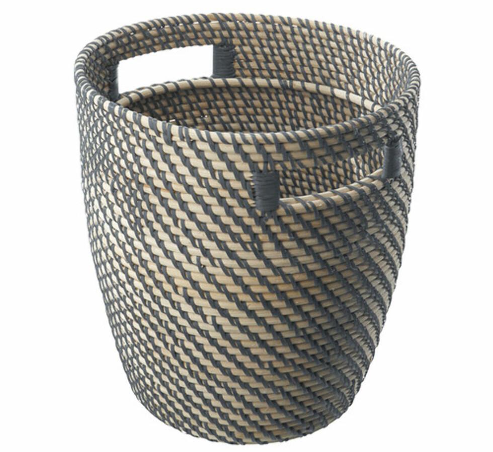 RÅGKORN: Flettet med innerpotte som sørger for at den er vanntett (kr.170). Foto: Ikea