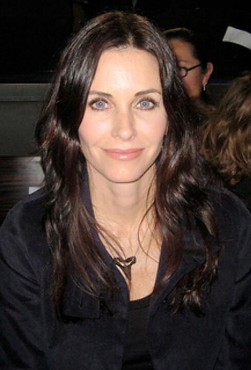 <strong>KLAR VINTER:</strong> Courtney kler klare farger, også helt svart. Foto: Wikimedia Commons