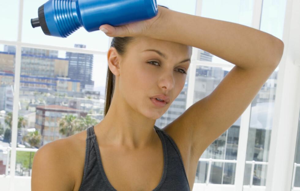 <strong>UMULIG Å FÅ FORTGANG I FORBRENNINGSPROSESSEN:</strong> Kroppen din vil forbenne like mye alkohol uavhengig om du sover, trener, svetter eller drikker mye.  Foto: Thinkstock.com