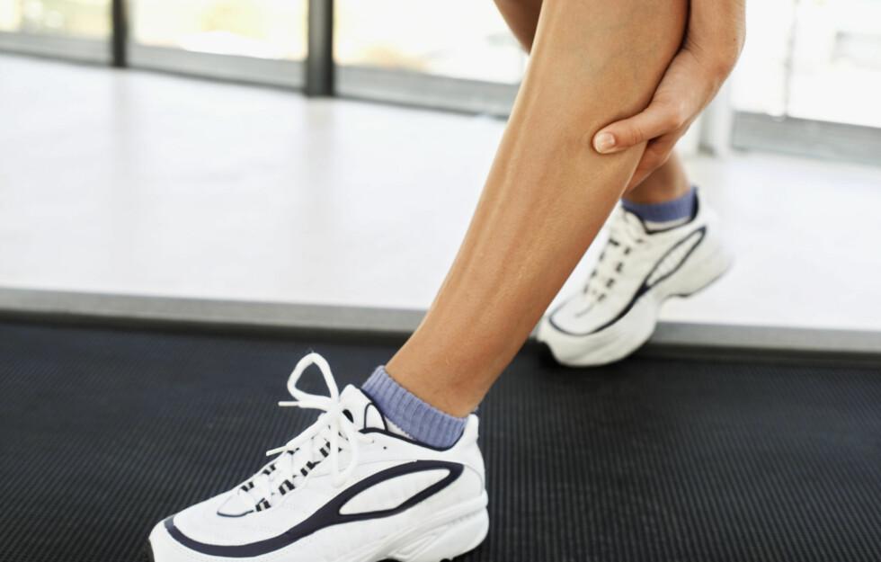 STØL: Presser du kroppen hardt (eller benytter muskelgrupper du ellers ikke bruker), vil musklene dine ofte yte mer kraft enn de faktisk er bygget til, noe som kan føre til små skader inne i muskelen – i det som kalles z-linjene. Dette er grunnen til at du blir støl.  Foto: Thinkstock