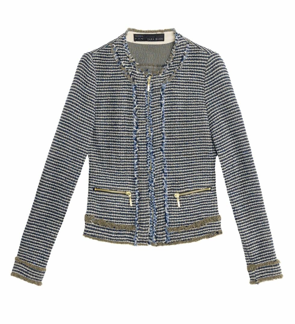 Chanel-inspirert jakke i blåtoner med frynsedetaljer (Kr.599) Foto: Zara