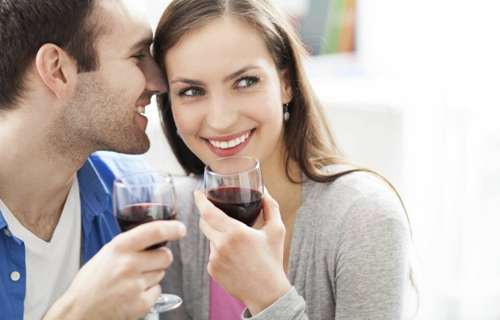 DETTE SKJER NÅR DU DRIKKER: Lurer du på hva som skjer i kroppen din når du drikker alkohol? Svaret får du i denne saken! Foto: Thinkstock