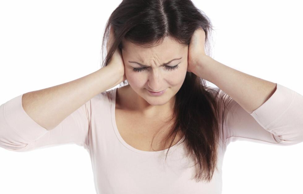 TYGG DET BORT: Ikke hvilken som helst type tyggegummi gjelder. Det er den som inneholder xylitol som virker forebyggende mot ørebetennelse. Foto: Getty Images/iStockphoto
