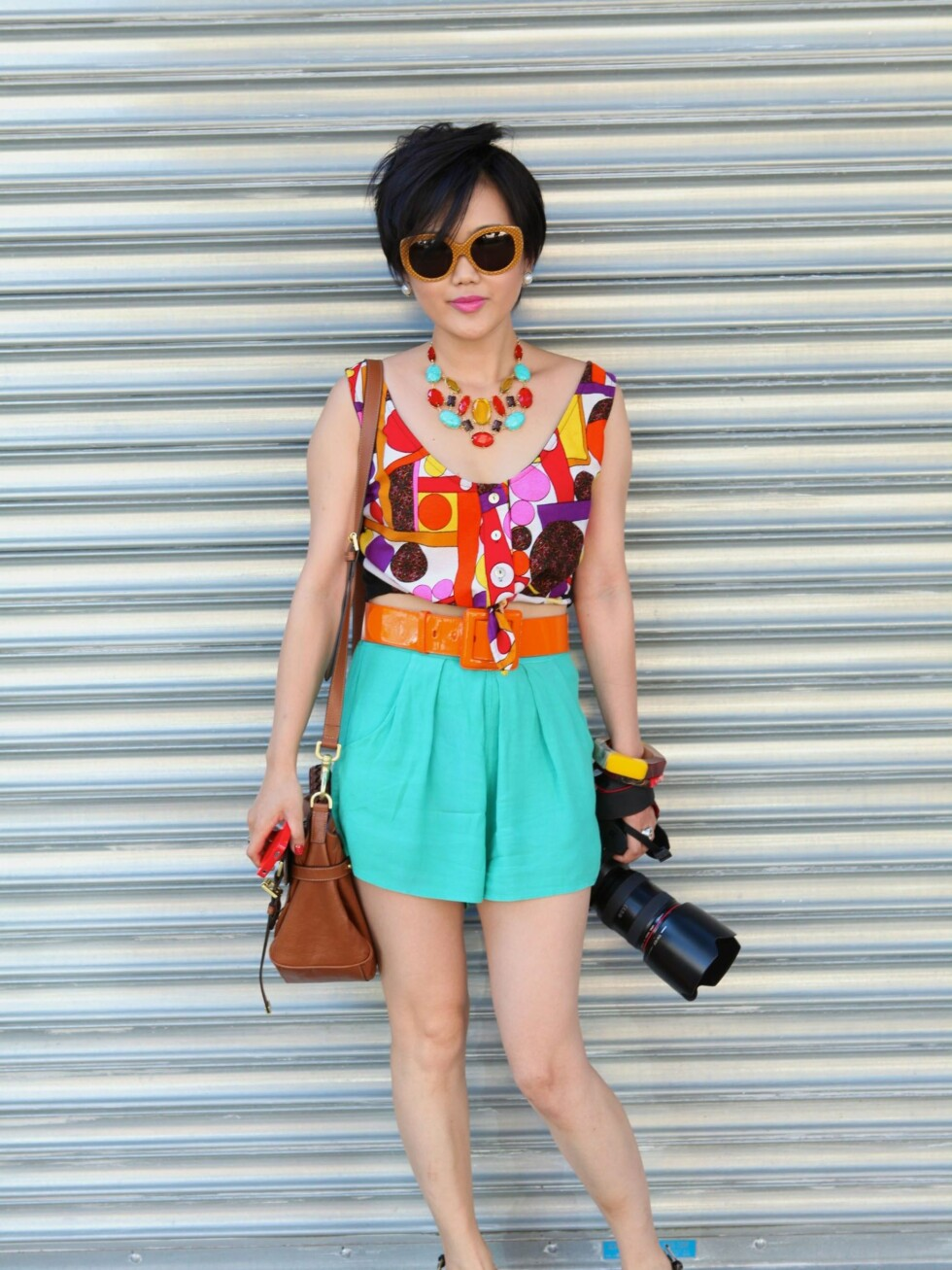 <strong>NEW YORK, NY - SEPTEMBER 15:</strong> Photographer Tracy Wang seen on the streets of Manhattan to attend the Jason Wu Show for Spring 2012 Fashion Week on September 15, 2011 in New York City. Tracy is from China is sporting a Dior bag and Marc Jacobs bangles. (Photo by Sonja T Georgevich/Getty Images) By: All Over Press / Getty Images CODE: GE01X8 Foto: All Over Press