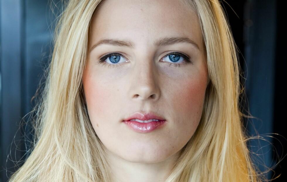 <strong>GIR GLØD:</strong> Få fram det beste i huden din ved å bruke en highlighter.  Foto: Per Ervland