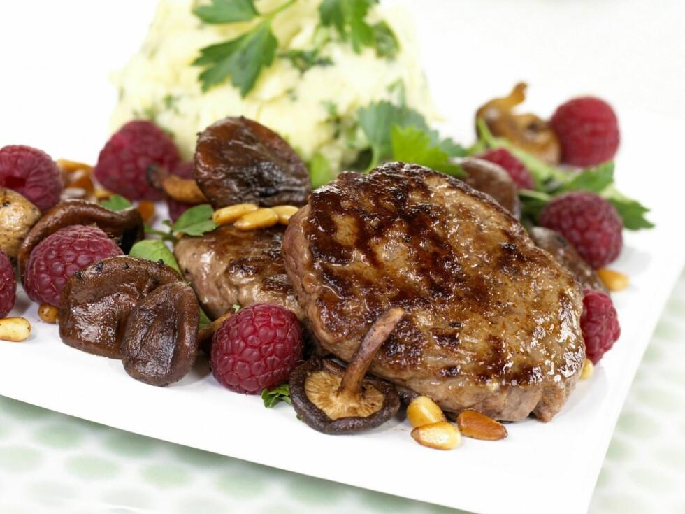 NØKKELEN ER PROTEINENE: Tre proteinrike måltider om dagen er nøkkelen om du vil føle deg mett lenge, ifølge nye forskningsresultater.