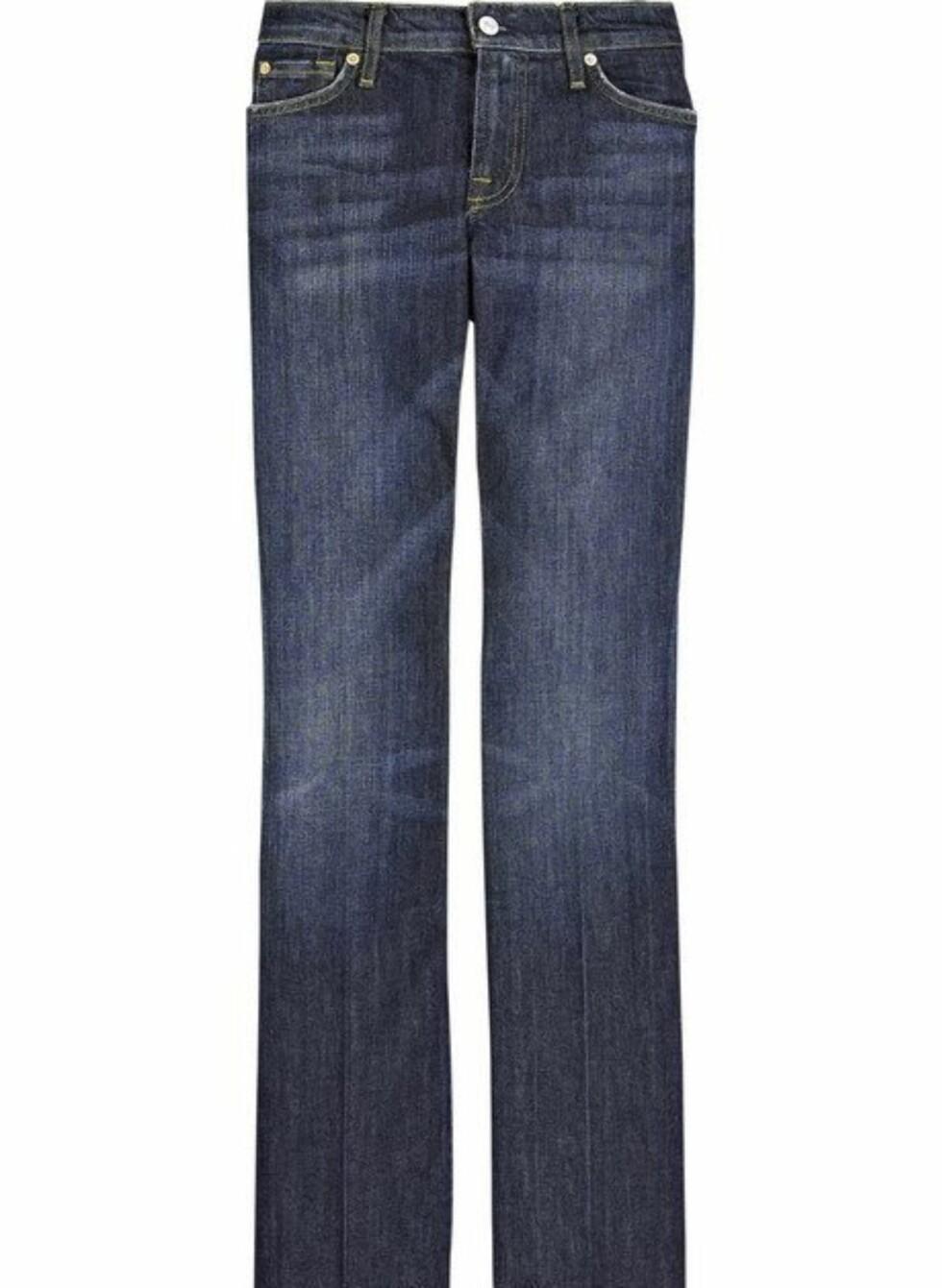 Mørke jeans med bootcut fra 7 For All Mankind/Net-a-porter, ca. kr 1630. Foto: Produsenten