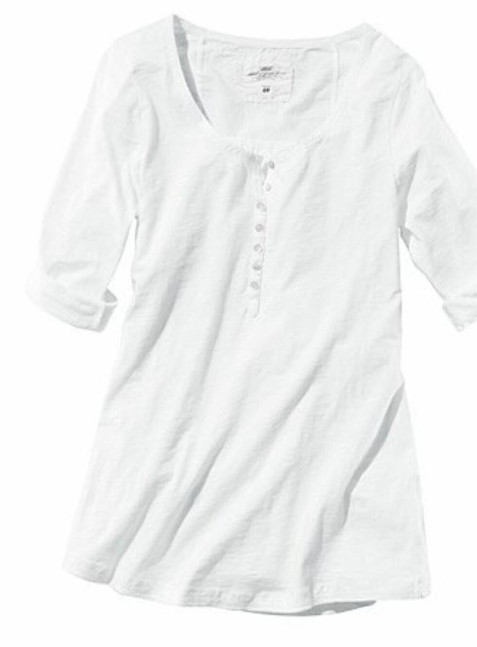 Hvit topp fra H&M, kr 149. Foto: Produsenten