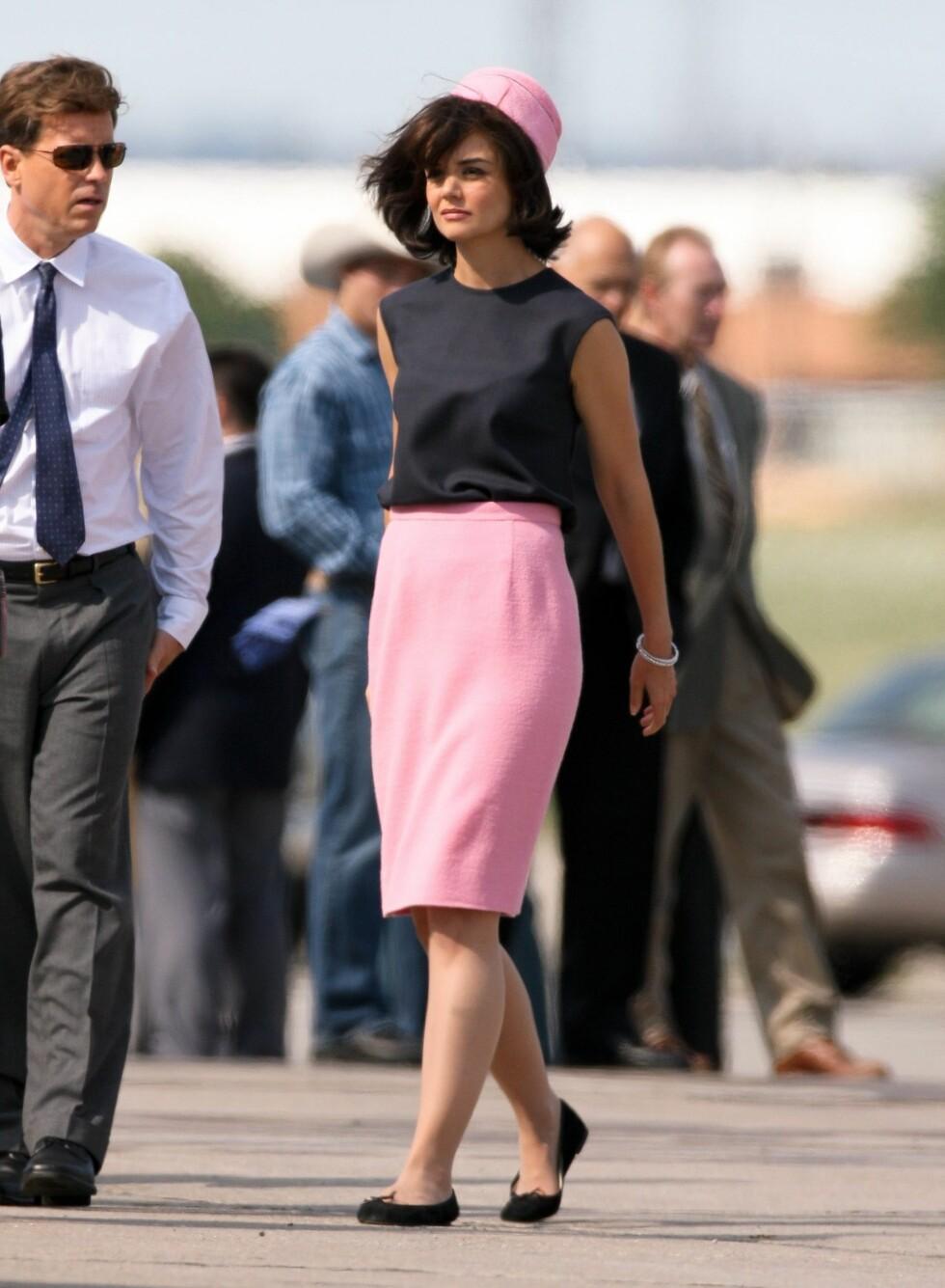 UTEN JAKKE: Her har Jackie kastet jakken, men hun er fortsatt like klassisk. Foto: All Over Press