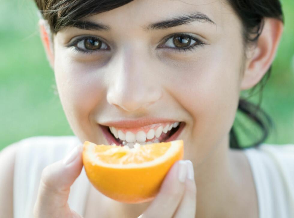 Appelsin i båter er ikke det mest spennende man kan tenke seg. Heldigvis kan frukt tilberedes på andre måter.   Foto: Laurence Mouton / ZenShui
