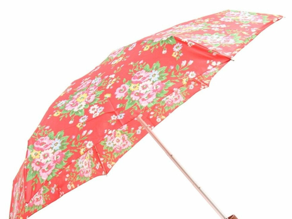 Vil du holde på sommeren så lenge som mulig, velg en blomstrete og glad variant som denne (kr 200, Cath Kidston, Asos.com).