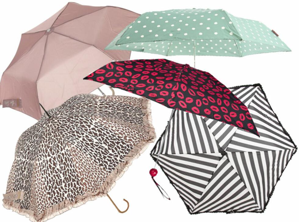 IL PLEUT: Vi synger i regnet med disse søte paraplyene. F.v. paraply med dyremønster ca kr 188 Topshop, pudderrosa paraply ca kr 94, Topshop, prikkete paraply ca kr 200, Asos.com, paraply med kyssemunn ca kr 344, Marc by Marc Jacobs/Net-a-porter.com og stripete paraply ca kr 250, Asos.com. Foto: Produsentene