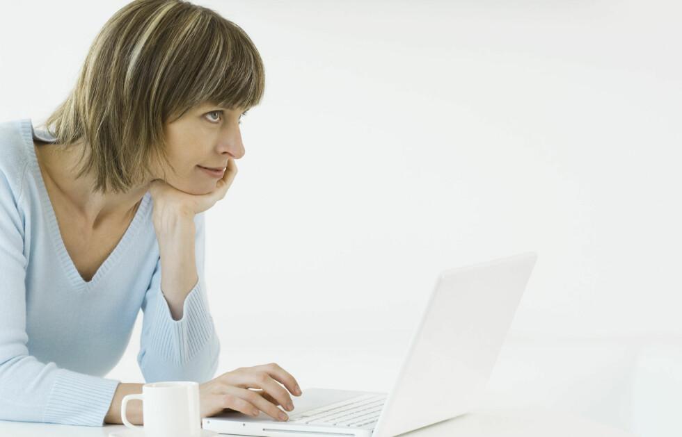 Stadig flere studier viser at vi faktisk har en tendens til å være mer åpne, ærlige og intime på nettet, enn vi er når vi møter mennesker ansikt til ansikt. Foto: Colourbox.com