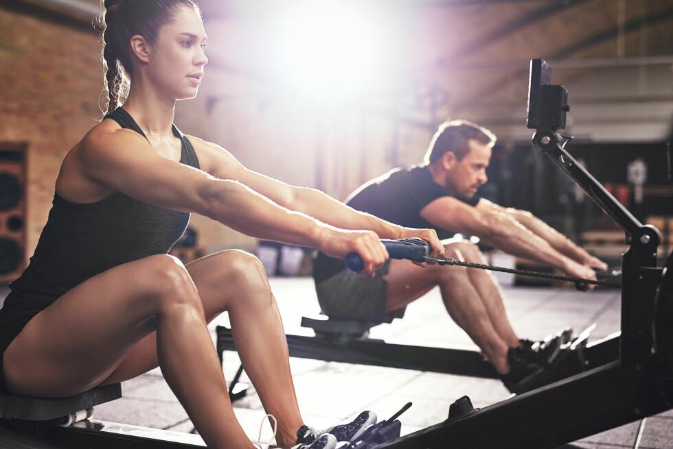 <strong>TRENE RYGG:</strong> Roing er knallbra trening for ryggen.  Foto: NTB Scanpix