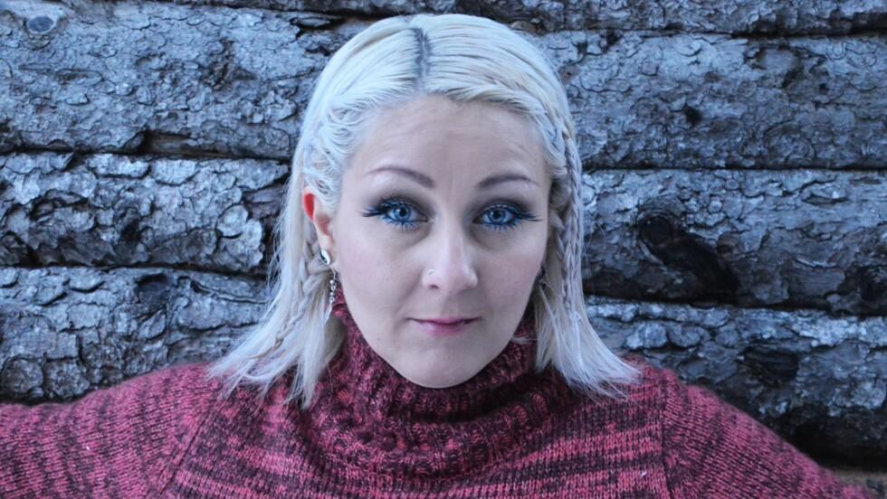 BIPOLAR: Skammen var stor da Helene Dalland (36) fra Stjørdal fikk diagnosen bipolar 1, sytten år gammel. I dag blogger hun åpent om livet som bipolar mamma på forbipolene.blogg.no. Foto: Christina Johansen