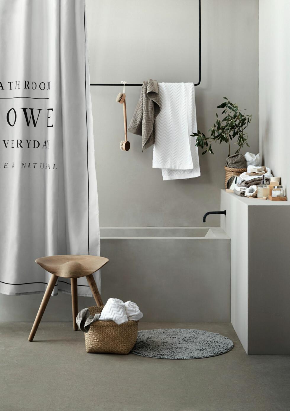 SUPERTRENDY: For et minimalistisk, stilrent og moderne bad, prøv mikrosement. Foto: HM Home