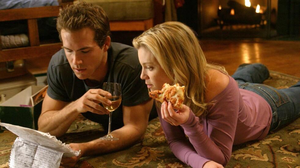 """FORELSKET I EN GOD VENN: I filmen """"Just Friends"""" forelsker Chris seg i bestevennen sin Jamie. Eksperten forteller at det ikke er uvanlig at dette skjer i virkeligheten også.  Foto: ZUMA Press"""