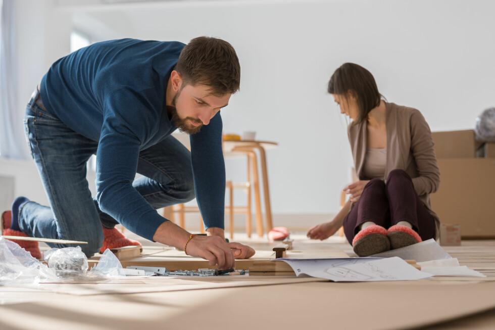 KRANGLING: Begge vil ta styringa, og dere har ulike ideer om hva som er beste fremgangsmåte - sånt blir det fort uenigheter av. Foto: Milles Studio / Shutterstock / NTB scanpix