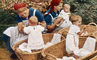 Derfor ønsket Hitler at norske kvinner skulle få barn med tyske soldater