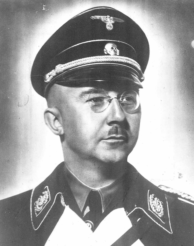 HJERNEN BAK LEBENSBORN: Den tyske SS-sjefen Heinrich Himmler var den som grunnla Lebensborn-prosjektet på midten av 30-tallet. Han var besatt av tanken på å dyrke fram det ariske mennesket. Derfor lot han tyske soldater befrukte kvinner fra utvalgte land i Europa, blant dem Norge. Foto: NTB Scanpix
