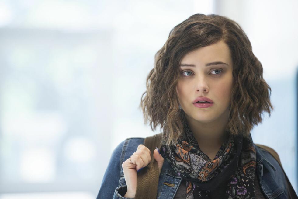 13 REASONS WHY: Katherine Langford har hovedrollen i Netflix-serien «13 Reasons Why». Hun spiller tenåringsjenta Hannah Baker som opplever mobbing og trakassering på skolen. Foto:  Foto: Beth Dubber // Netflix
