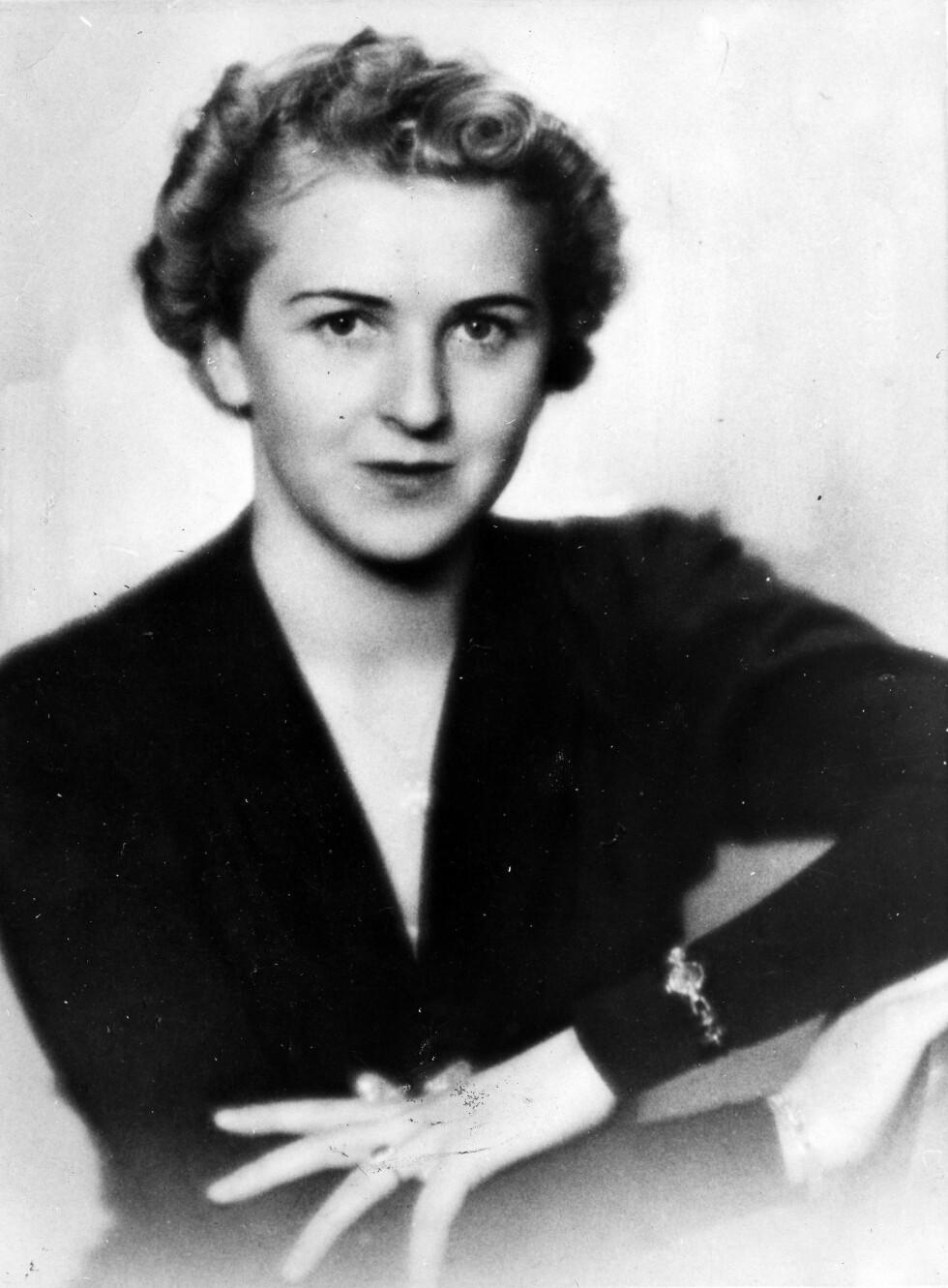 EVA BRAUN: Hitlers elskerinne, som ble hans kone i rundt 40 timer - før de begikk selvmord 30. april 1945. Foto: NTB Scanpix