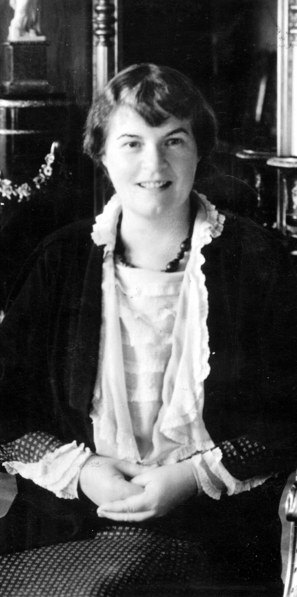 MARIE HAMSUN: Kona til den norske forfatteren Knut Hamsun. Hun skal ha møtt Hitler og andre nazi-topper ved flere anledninger både før og under andre verdenskrig. Dette bildet er tatt i 1939. Foto: NTB Scanpix (Knut Snare / Aftenposten)