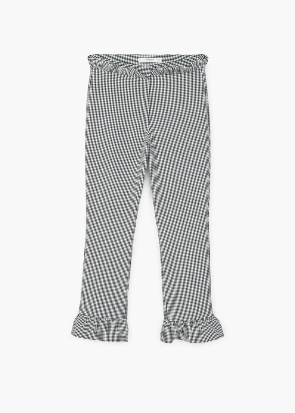 <strong>Bukse fra Mango | kr 349 | http:</strong>//shop.mango.com/NO/p1/damer/kl%C3%A6r/bukser/slim-fit-bukse/bukse-med-ginghamruter-og-volang?id=83047612_99&n=1&s=search&ts=1491827479981