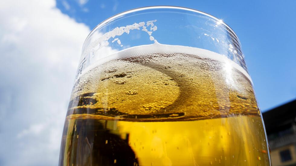 ØL: Øl i små mengder kan faktisk være overraskende helsebringende. Foto: Samfoto