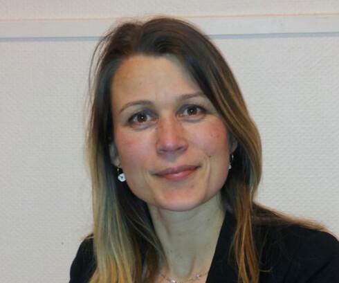 SØVNEKSPERT: Stine Knudsen, overlege i nevrologi og søvnmedisin. Foto: Marit Skram