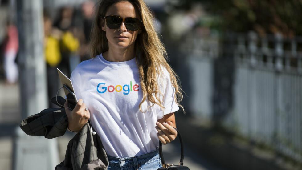 GJØR ET STATEMENT: Hvorfor ikke gå med en t-skjorte med Google-logo, liksom? Foto: Shutterstock