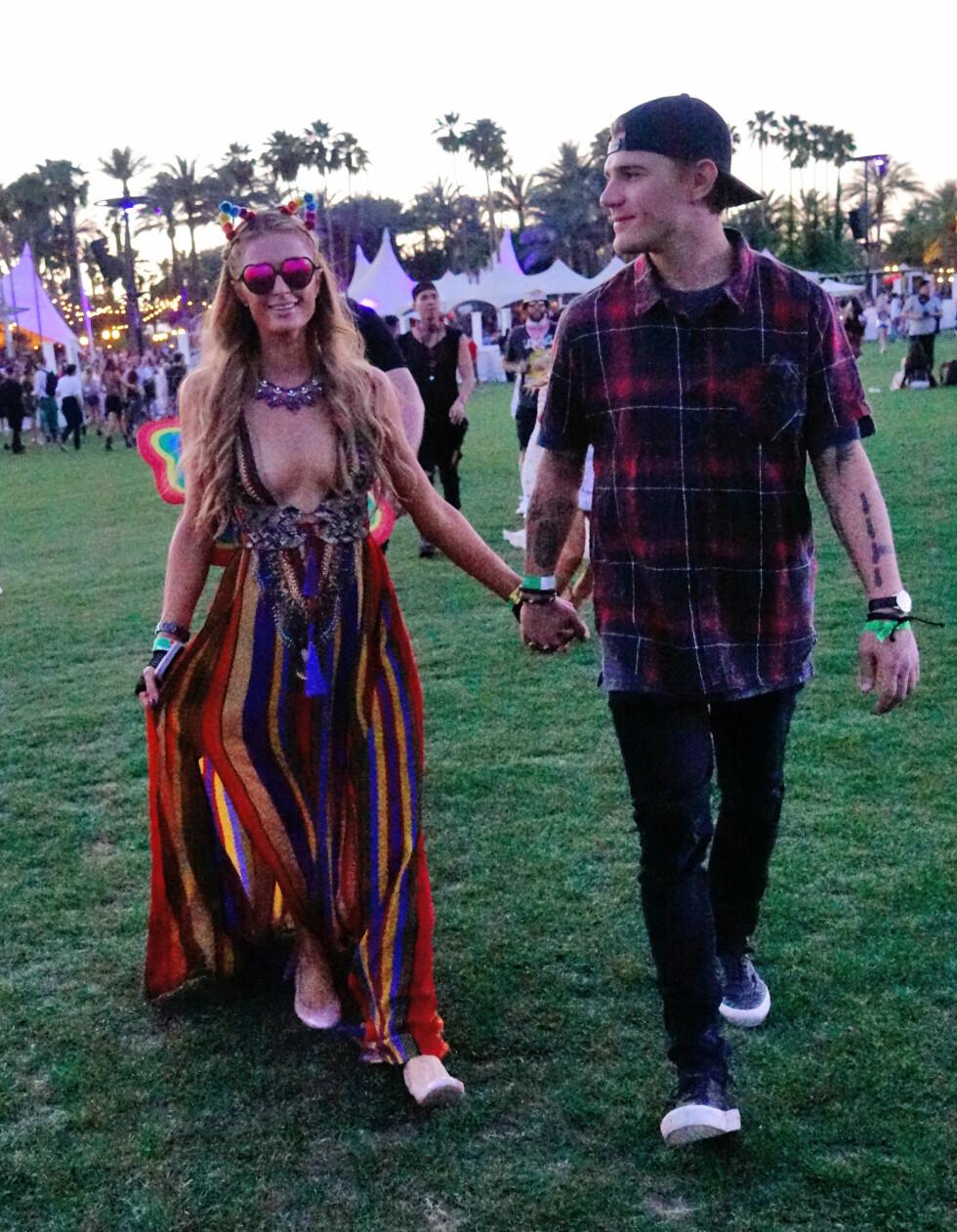 Paris Hilton og Chris Zylka Foto: Splash News