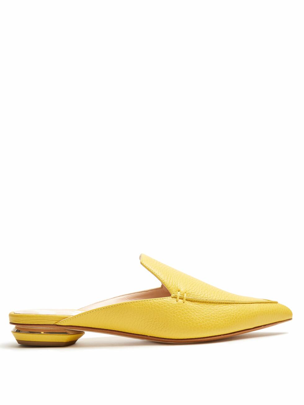 Loafers fra Nicholas Kirkwood via Matchesfashion.com | kr 2730 | http://www.matchesfashion.com/intl/products/Nicholas-Kirkwood-Beya-grained-leather-backless-loafers-1079412
