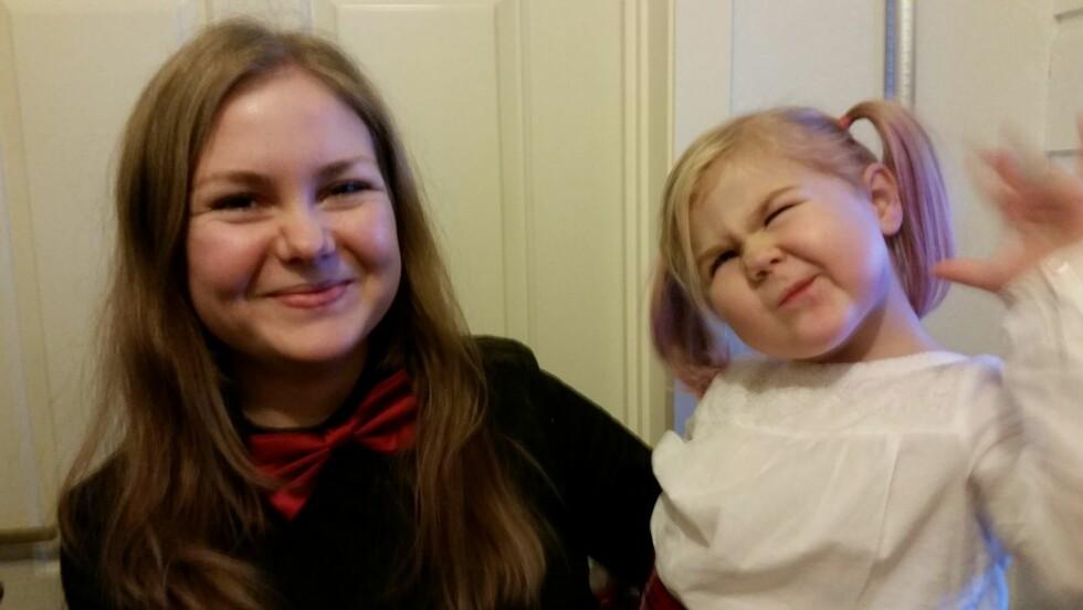 <strong>KRYBBEDØD:</strong> Ida mistet sønnen på fem måneder i krybbedød. I dag hun datteren Conradine.  Foto: Privat