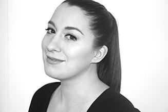 """BH-GRÜNDER: Katherina Børve har funnet opp en """"usynlig"""" selvklebende BH, etter å ha lett etter noe lignende selv."""