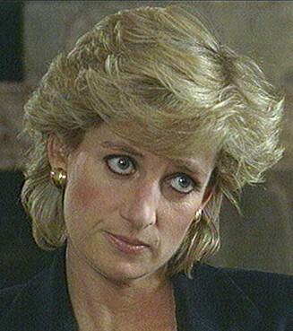 SKANDALEINTERVJU: Prinsesse Diana avslørte både det ene og det andre i det mye omtale BBC-intervjuet Panorama i 1995. Blant annet innrømmet hun at hun hadde hatt et forhold med major James Hewitt. FOTO: NTB
