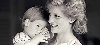 - Nei, jeg er ikke prins Harrys far