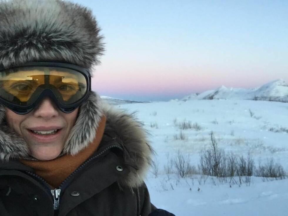 VINTERLANDSKAP: Ingeborg Sundrehagen Raustøl forteller til KK.no at det var oppmot 26 minusgrader under innspillingen i Målselv i Nord-Norge. Foto:  Foto: Privat
