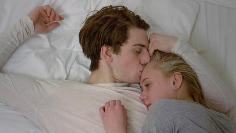 POPULÆRT PAR: Thomas Hayes spilte William i sesong 1 og 2 av Skam mot blant andre Josefine Frida Pettersen.  Foto:  Foto: NRK