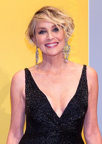 SUPERHOT: Sharon Stone oppfordrer deg til å smile og beholde humøret for å se smashing ut - uansett alder! Foto:  Foto: NTB Scanpix