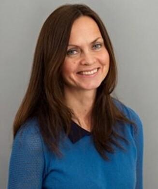 PSYKOLOGSPESIALIST: Marianne Vinjevoll fra Senter for krisepsykologi har lang erfaring med sorgarbeid, og hvordan håndtere slikt i sosiale medier. Foto: Foto: Presse