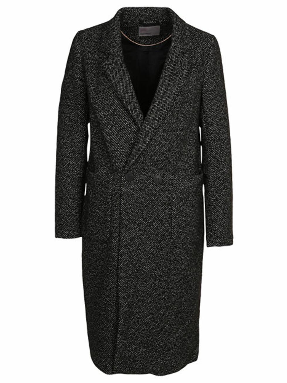 Kåpe fra Vero Moda via Nelly.com | kr 799 | http://nelly.com/no/kl%C3%A6r-til-kvinner/kl%C3%A6r/jakker/vero-moda-631/vmtyra-long-wool-jacket-30537-14/