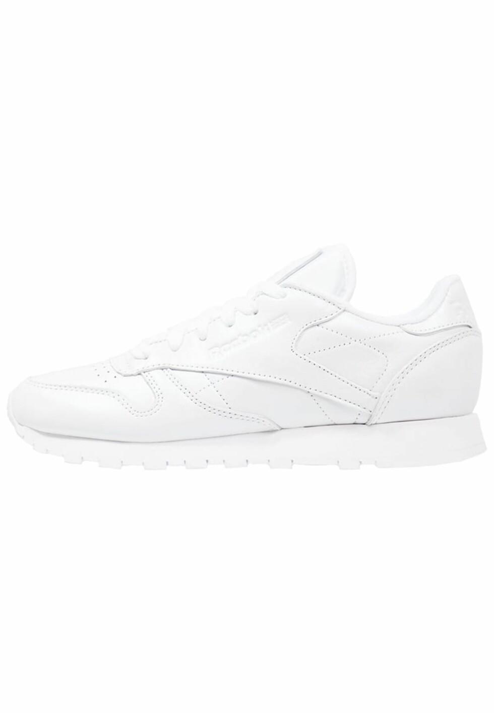 Sneakers fra Reebok via Zalando.no | kr 849 | http://marketing.net.zalando.no/ts/i4062628/tsc?amc=performance.znd.47259.54735.57747&rmd=3&trg=https%3A%2F%2Fwww.zalando.no%2Freebok-classic-classic-leather-pearlized-joggesko-re011s04w-a11.html%3Fwmc%3DAFF47_IG_NO.%23%7BPARTNER_ID%7D_%23%7BADSPACE_ID%7D..