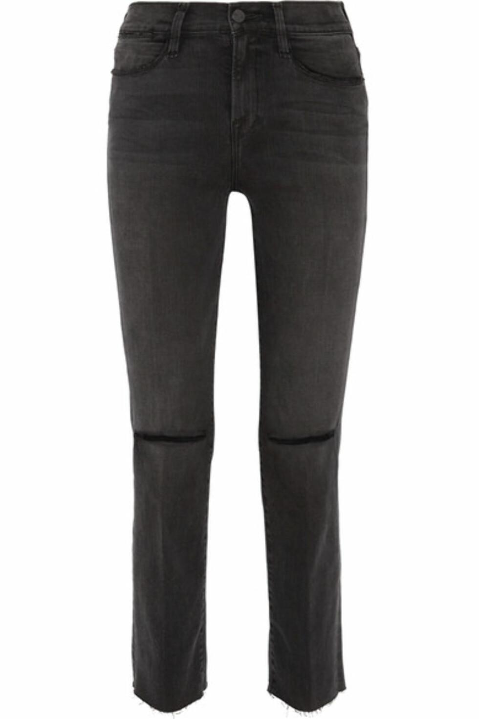 Jeans fra FRAME via Net-a-porter.com | kr 2346 | https://www.net-a-porter.com/no/en/product/850672/frame/le-high-distressed-mid-rise-straight-leg-jeans