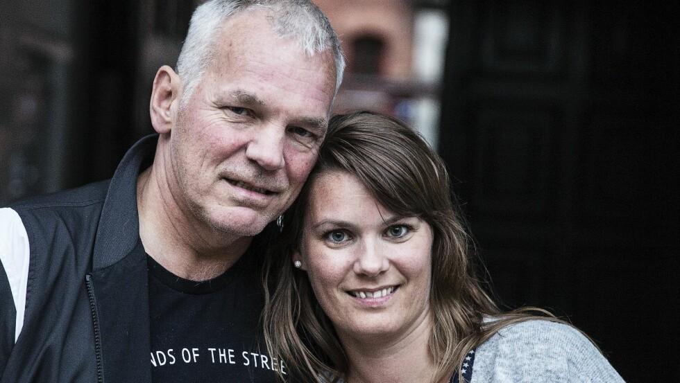 SAMMEN: Maria (36) og faren Per (56) har i dag et nært forhold, til tross for flere års atskillelse. Foto: Niels Hougaard/All Over Press