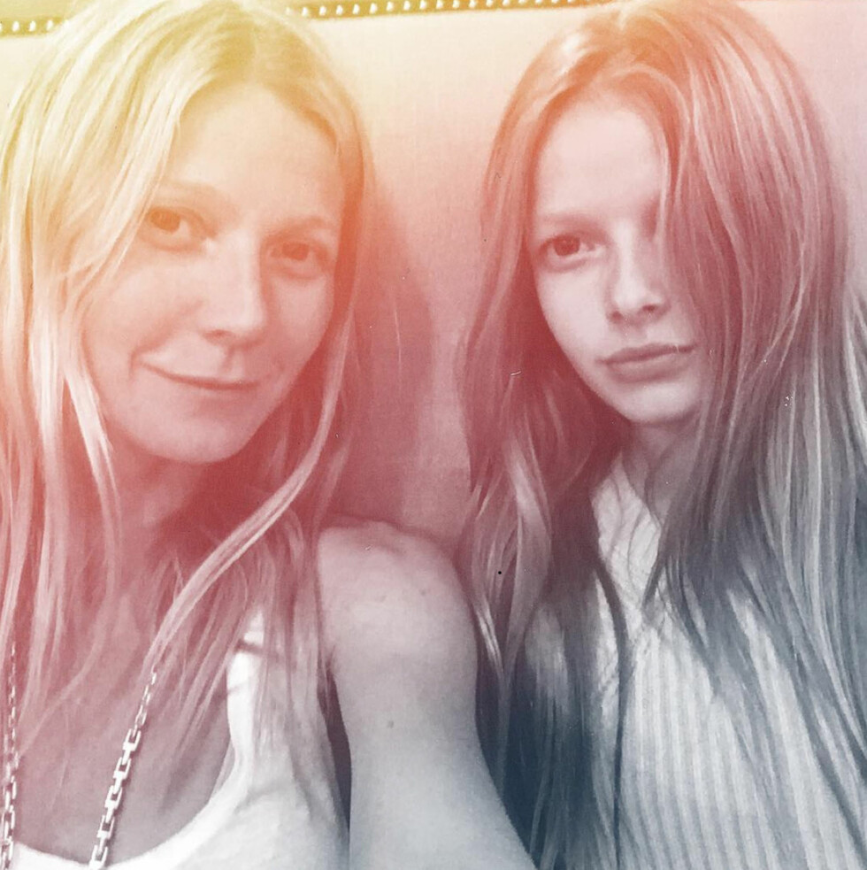 KLIN LIKE: Gwyneth Paltrow (44) og Apple Martin (13). Foto: NTB Scanpix