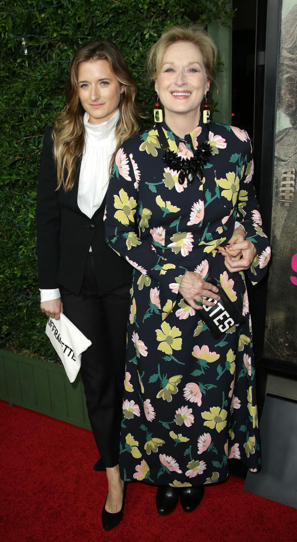 <strong>KLIN LIKE:</strong> Meryl Streep (67) og Grace Gummer (31). Foto: NTB Scanpix