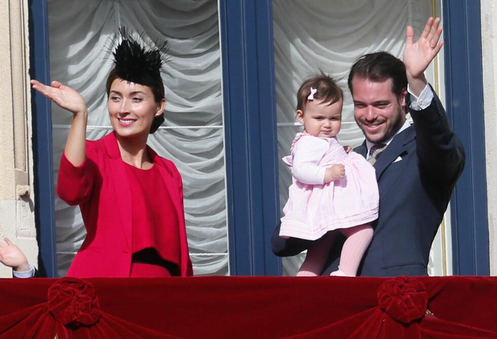 <strong>PRINSESSE AMALIA:</strong> Hun er nummer tre i arverekkefølgen til Luxembourg monarkiet. Her sammen med mamma (prinsesse Claire) og pappa (prins Felix).  Foto: Danapress